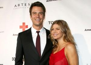 2011__04__Josh_Duhamel_Fergie_April14newsnea 300×213.jpg