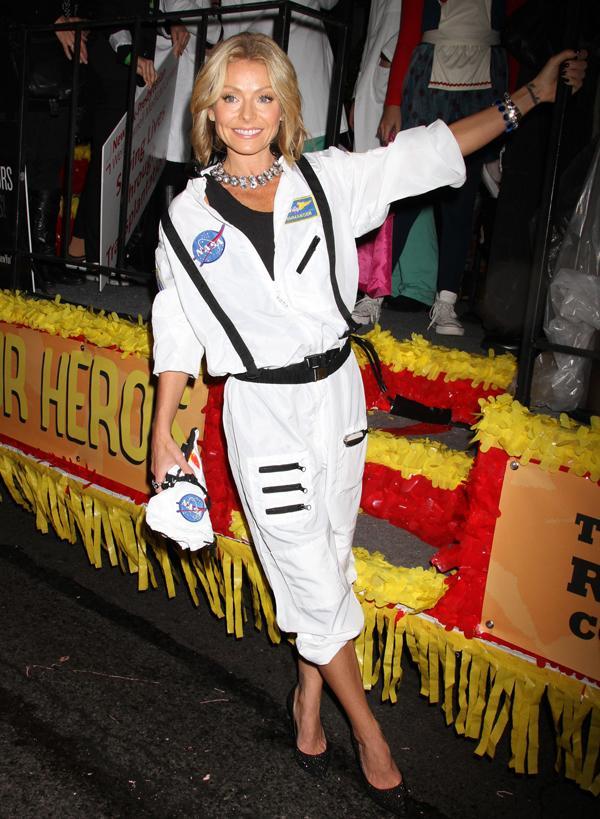 Kelly Ripa Hosting NYC's Halloween Parade