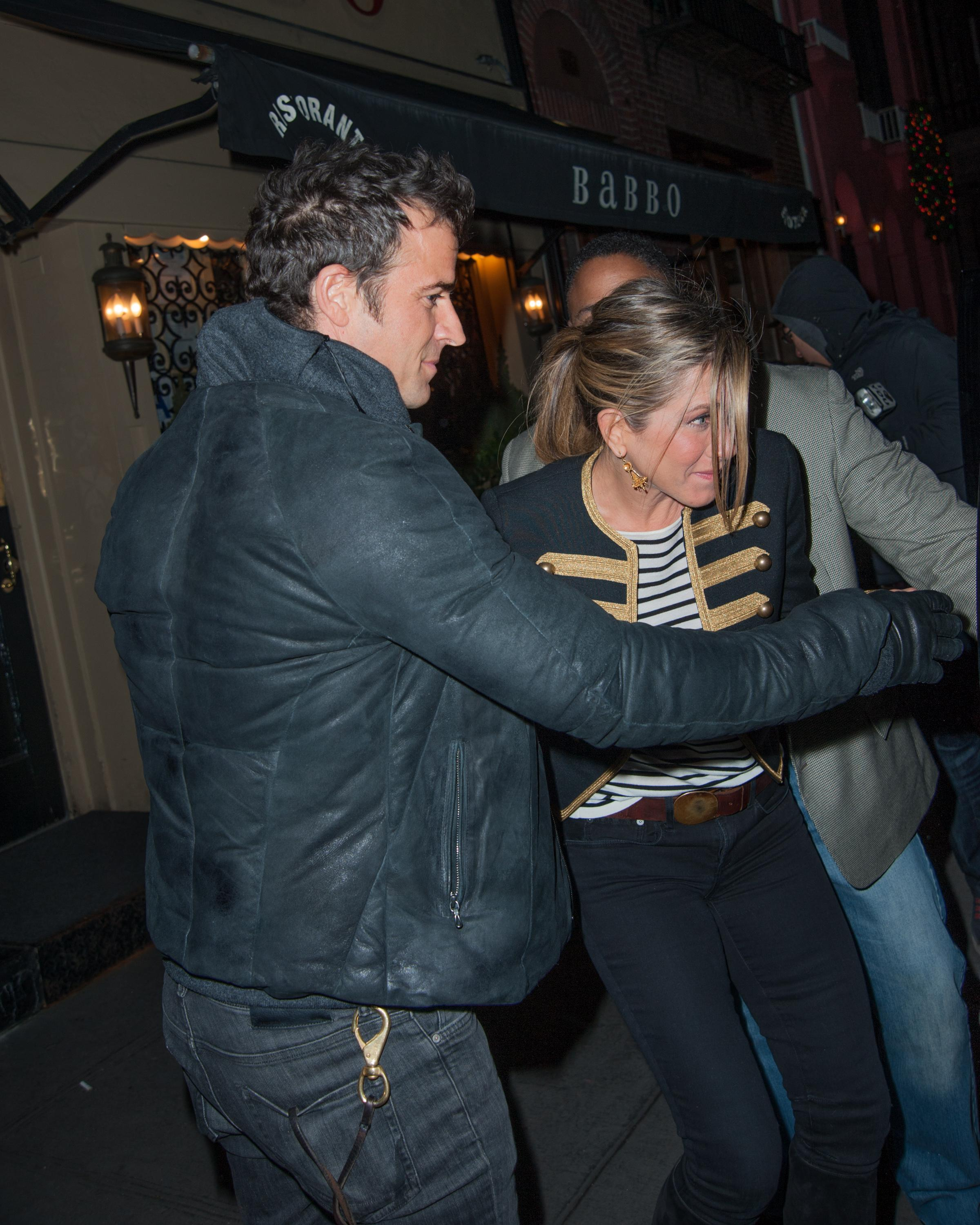 EXCLUSIVE: Justin Theroux and Jennifer Aniston leaving Babbo Ristorante in New York City **NO DAILY MAIL SALES**