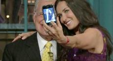 2010__04__David_Letterman_Demi_Moore_April21newsneb.jpg