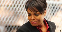 Janet Jackson Breaking Down Over Throat Surgery