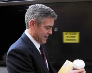 2011__03__george_clooney_march3_35a1 300×239.jpg