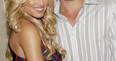 IT'S OFFICIAL  Jessica Simpson and Nick Lachey split up