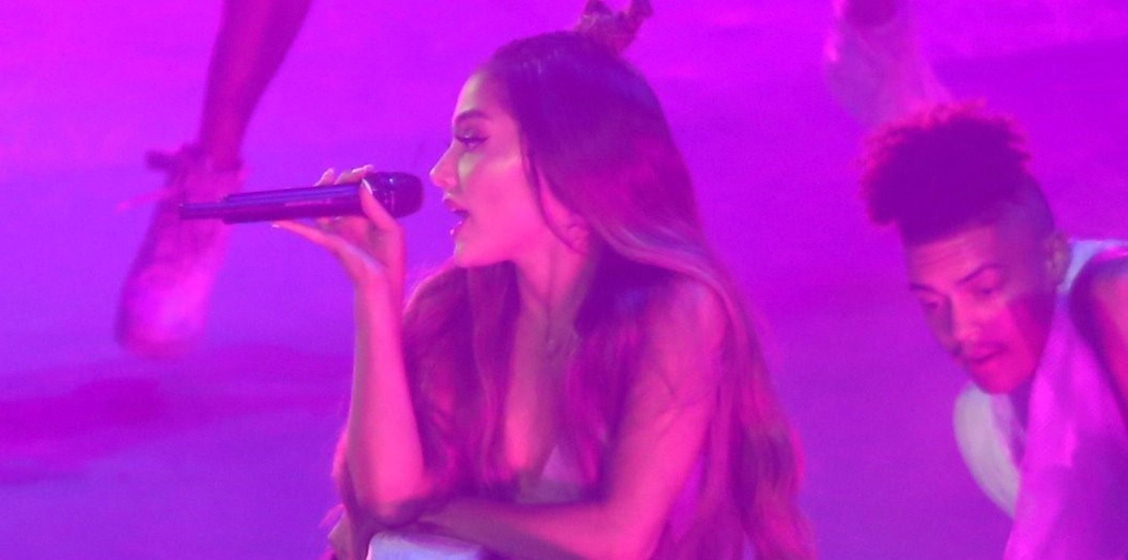Ariana grande performs live brazil feature