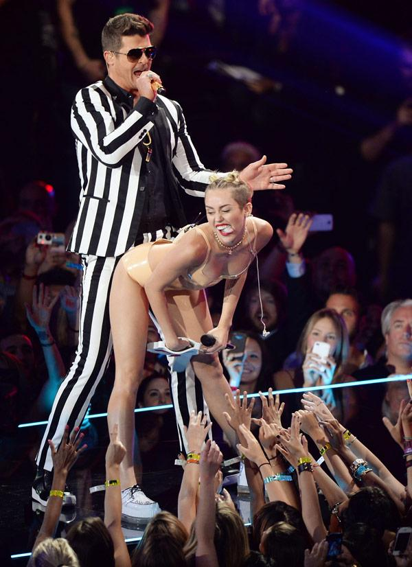 Miley robin thicke