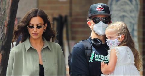 irina-bradley-spotted-out-with-daughter