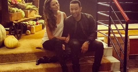 Chrissy teigen cuddles john legend