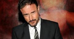 2011__04__David_Arquette_Howard_Stern_April13newsnea 300×213.jpg