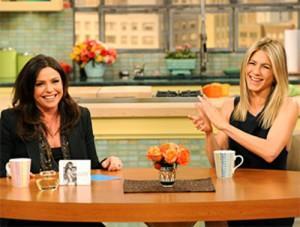2011__02__Rachel_Ray_Jennifer_Aniston_Feb15news 300×227.jpg