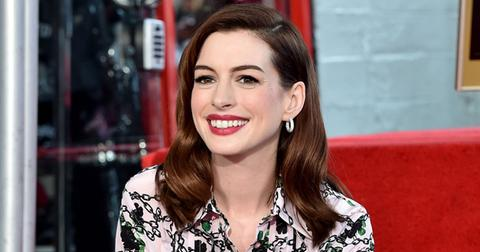 //Anne Hathaway Pregnant Baby Number  PP