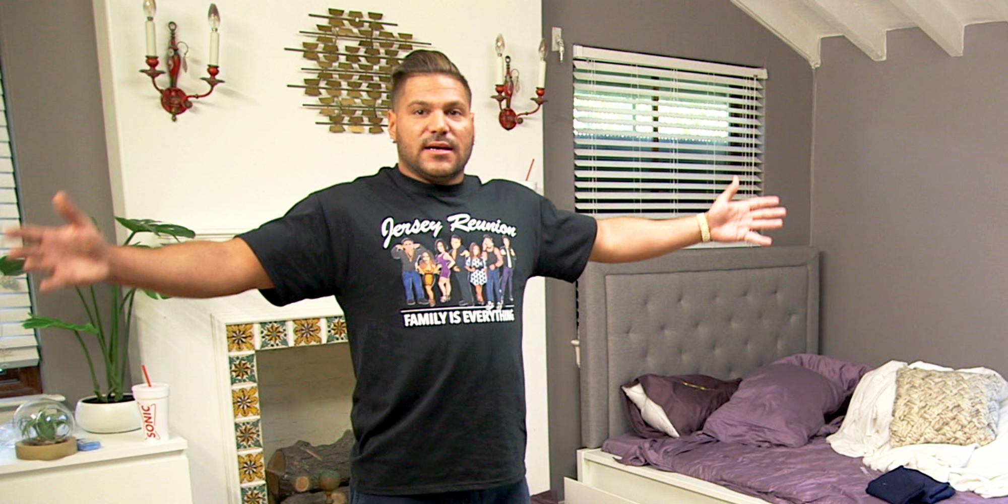 Ronnie gives tour jersey shore family vacation house hero