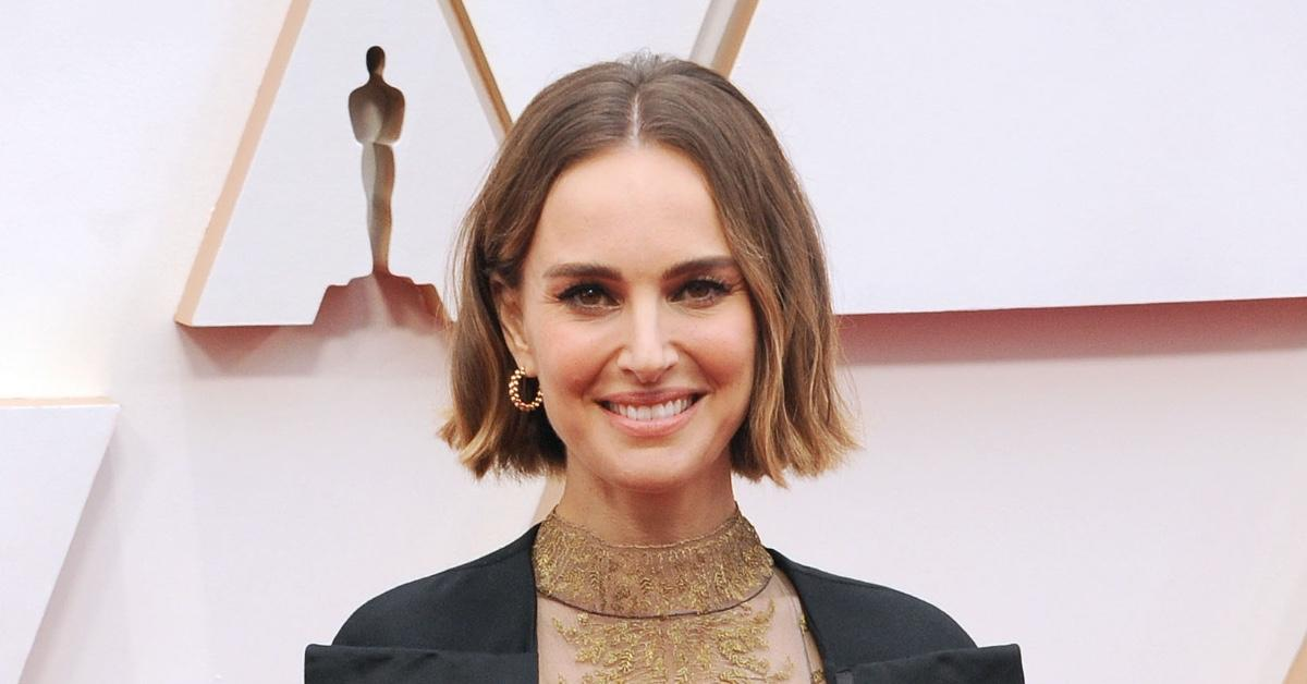 Is Natalie Portman Pregnant? Actress Flaunts Noticeable Bump While Filming Upcoming 'Thor' Movie