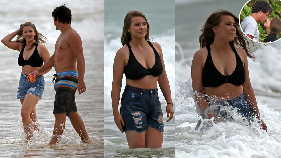 Bindi irwin bikini body beach boyfriend chandler powell 01