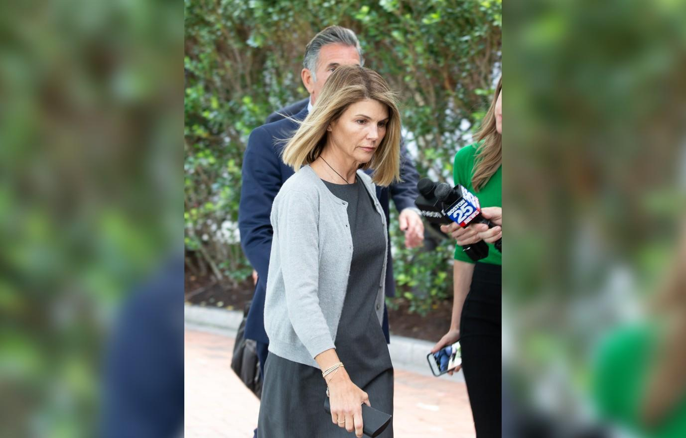 post prison tans lori loughlin and mossimo giannulli suffer through probation by jetting off to mexico couples tans jail crime