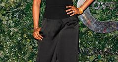 Jennifer hudson on the carpet at qvc red carpet style party.jpg