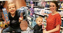 Jill Duggar sons Israel Samuel grocery store