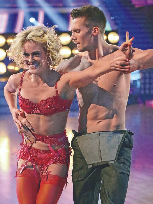 """ABC's """"Dancing With the Stars"""" – Season 18 – Week Seven"""