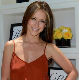 Jennifer love hewitt june13.jpg