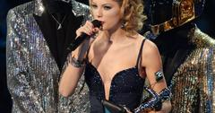 Taylor swift moonman crop