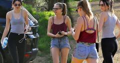 Kendall jenner cara delevigne hiking