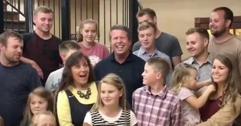 Fans beg the duggars to stop with this childish habit pp