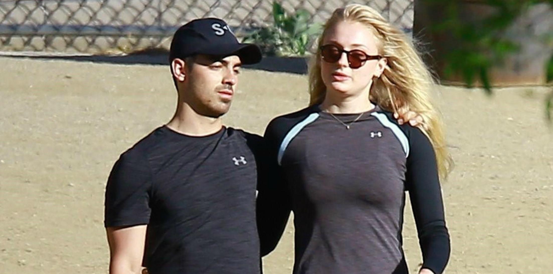 Joe jonas dating sophia turner workout together h