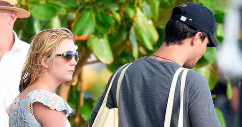 Billie lourd taylor lautner vacation photos st barts 014