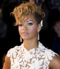 2010__01__rihanna_JAN28news 198×225.jpg