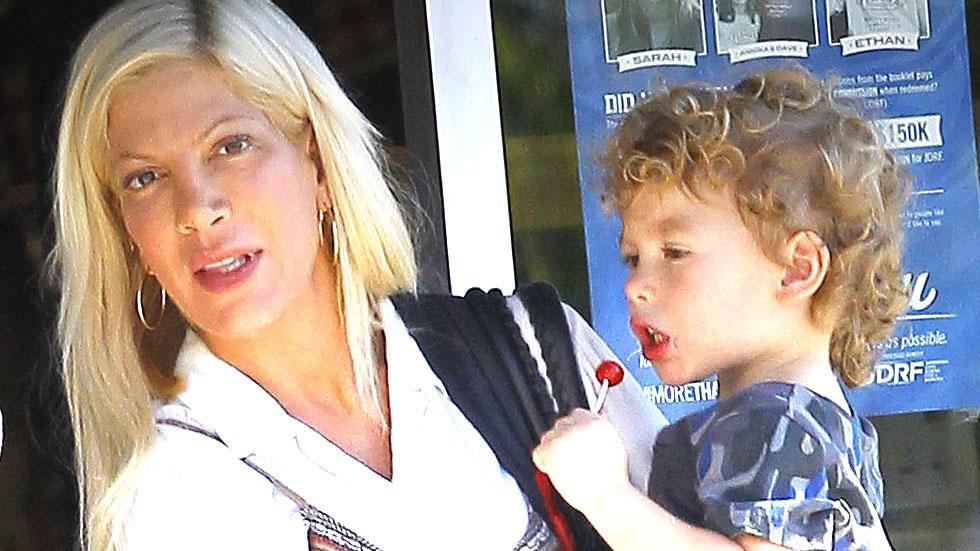 Tori spelling bleaching childrens hair