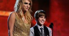 2010__11__Keha_Justin_Bieber_Nov11newsnea 300×213.jpg
