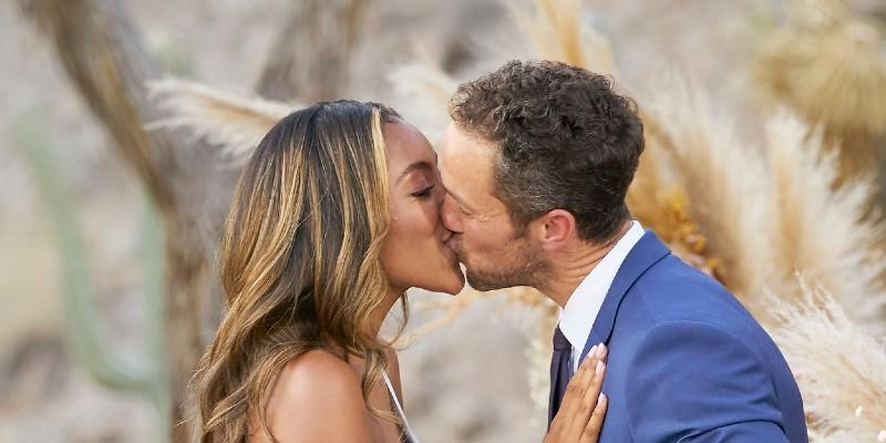 Tayshia Adams Kissing Zac Clark
