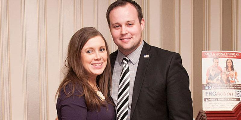 Anna And Josh Duggar Pose At Event Baby Girl