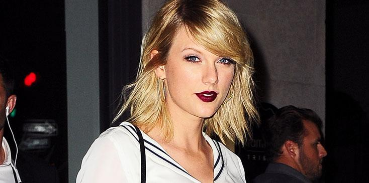 Taylor Swift looks stunning in a sailor inspired outfit as she heads out to dinner with her friends in NYC