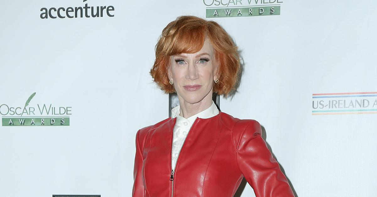 kathy griffin reveals lung cancer diagnosis never smoked