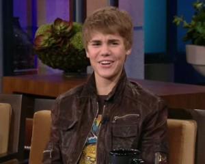 2011__01__Justin_Bieber_Jan31newsnea3 300×240.jpg