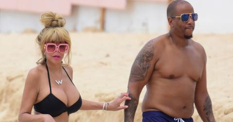 EXCLUSIVE: Television host Wendy Williams pictured in black bikini on the beach in Barbados