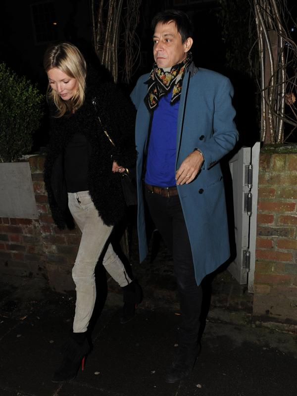 Kate Moss goes to local pub to celebrate her 39th birthday