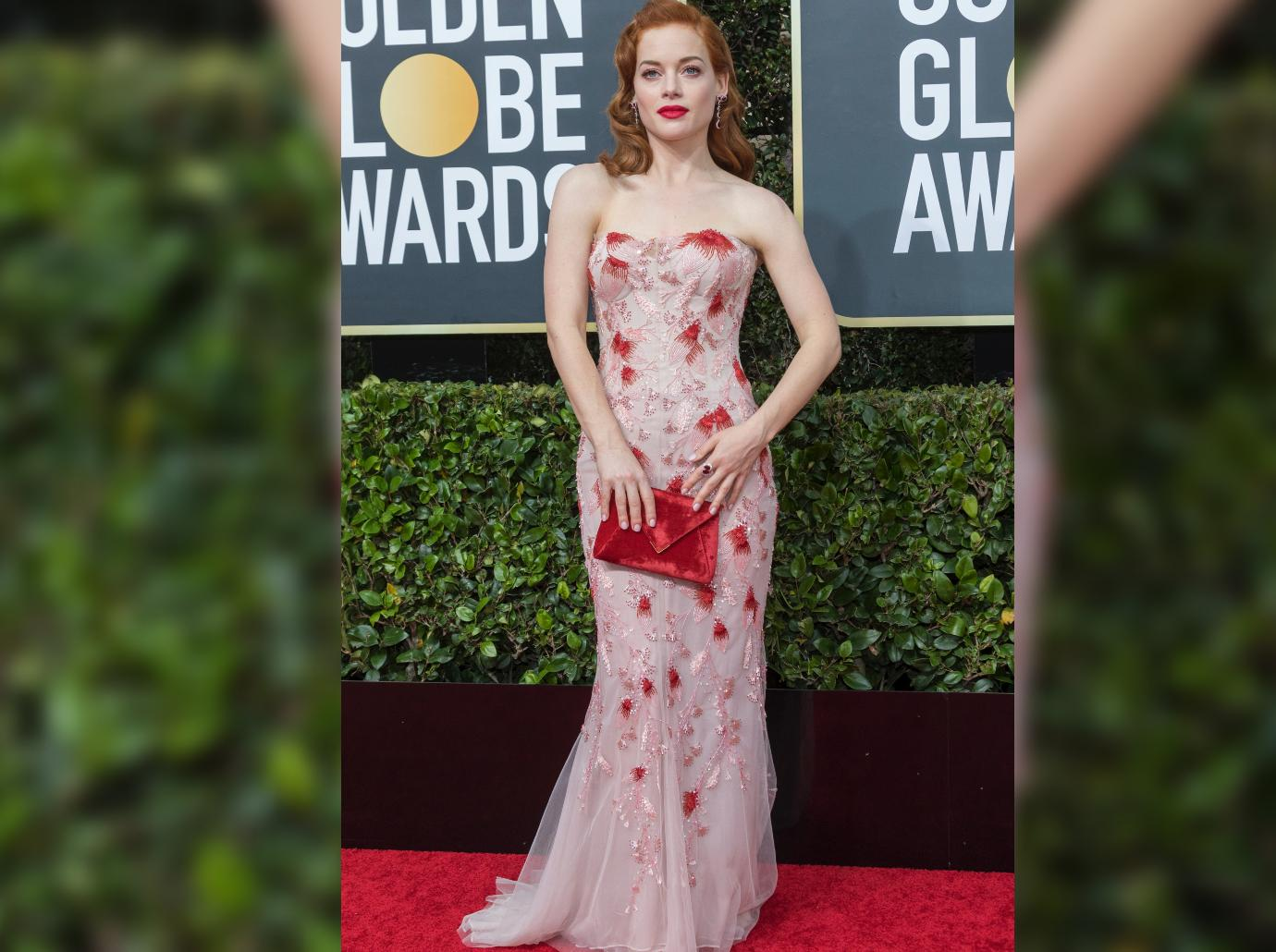 red hot carpet jane levy