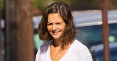 Katie holmes set post pic