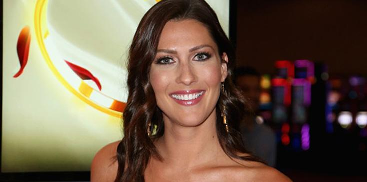 Bachelorette becca kufrin says she fell in love with two men