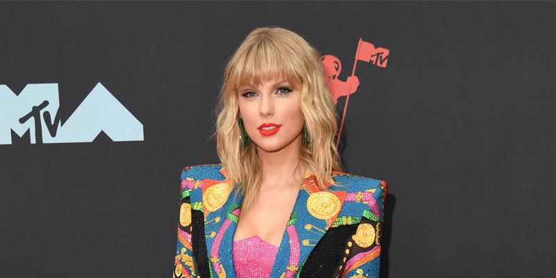 Taylor Swift On Red Carpet Interview