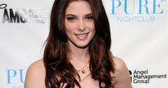 2011__03__Ashley_Greene_March17newsneb 300×234.jpg