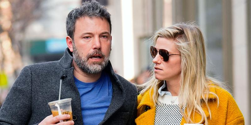 Ben affleck lindsay shookus breakup snl cast members her side okpp