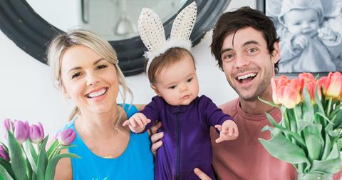 Ali fedotowsky bachelorette family husband daughter hero