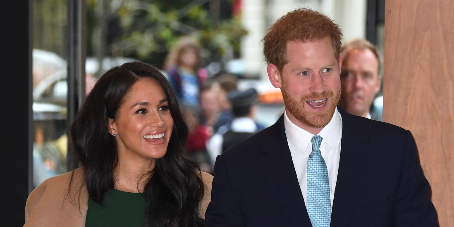 palace aides want prince harry meghan markle give up royal titles