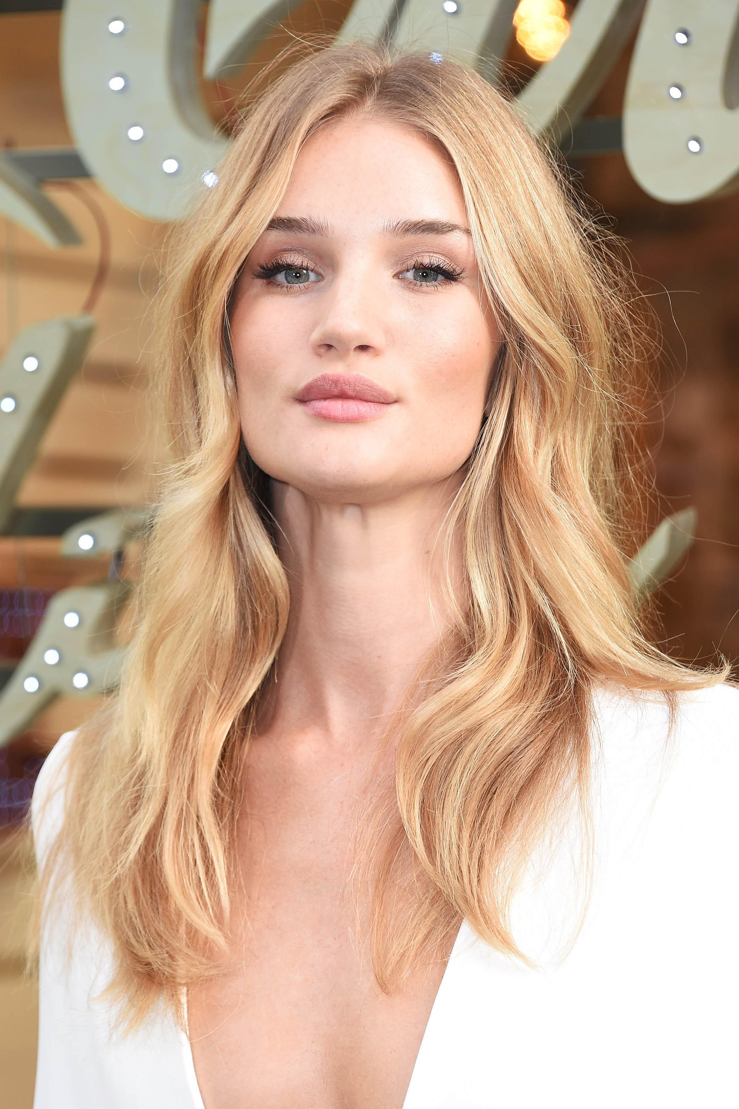 Rosie Huntington Whiteley attends the Coca Cola Launch Photocall