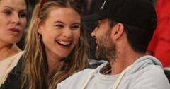 Adam levine and behati prinsloo041