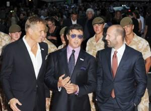 2010__08__Expendables_16_081010 300×220.jpg