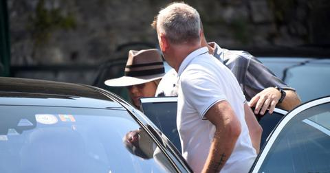 Jennifer aniston visits george clooney lake como home pics pp