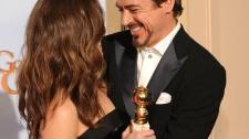 2010__01__Robert_Downey_Jr_Golden_Globes_570 225×215.jpg